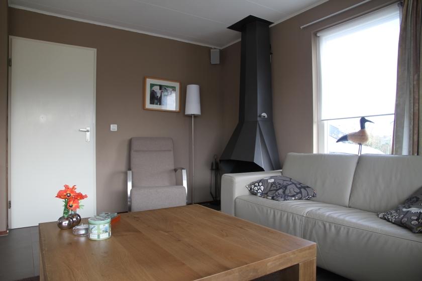 De openhaard in de woonkamer